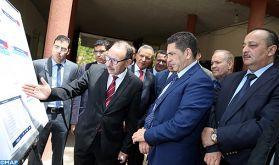 Épreuves du baccalauréat : M. Amzazi visite un centre de correction à Azrou