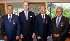 Trois personnalités marocaines décorées des insignes de Chevalier de la Légion d'Honneur de la République de France